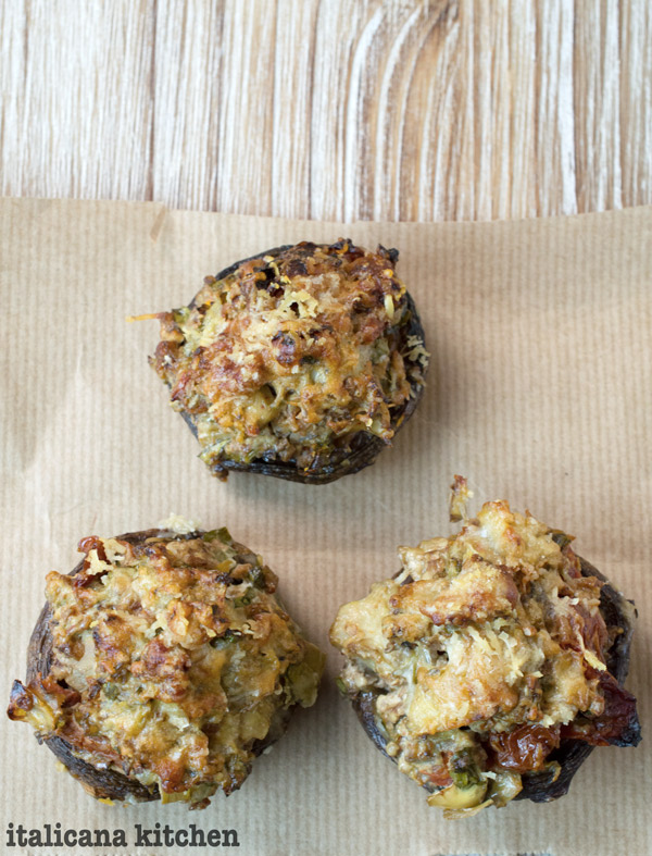 Artichoke-Sun-Dried-Tomato-and-Black-Olive-Stuffed-Mushrooms-Recipe