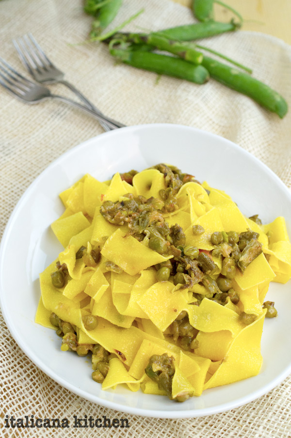 Tagliatelle with asparagus and peas