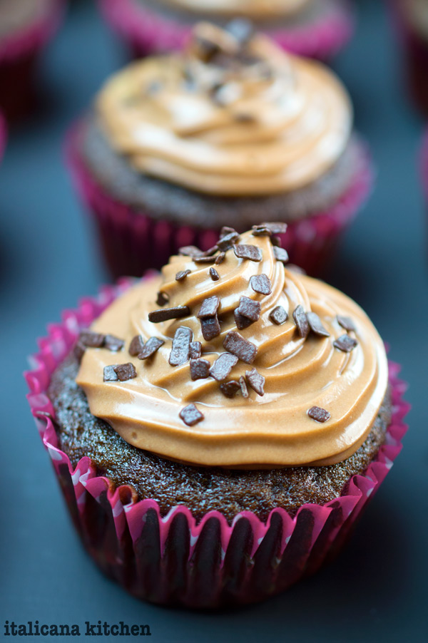 chocolate-cupcake-with-nutella-and-cream-cheese-frosting-2