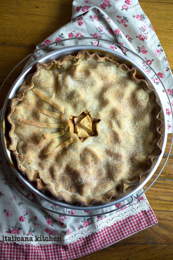 Apple Pie without Refined Flour and Sugar