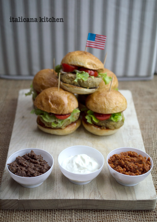 Mini-Lentil-and-Chickpea-Burgers-4
