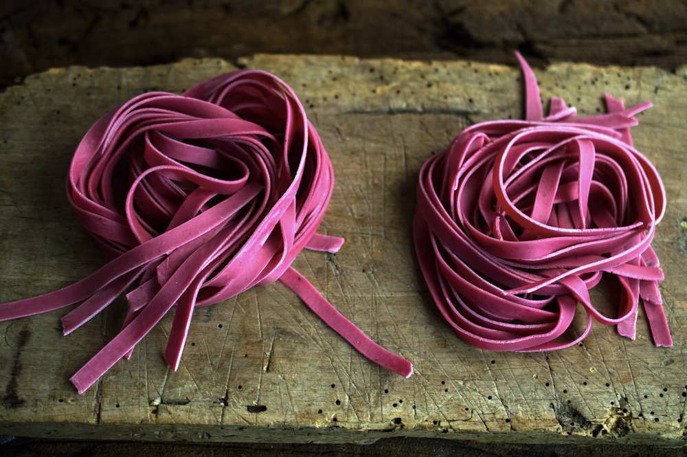 beet-colored-pasta-2