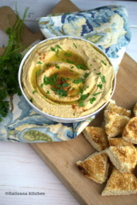 tips-for-the-perfect-blender-hummus
