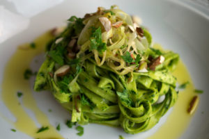 spinach pasta pesto